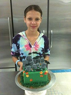 cake decorating for kids class kids out and about. Black Bedroom Furniture Sets. Home Design Ideas